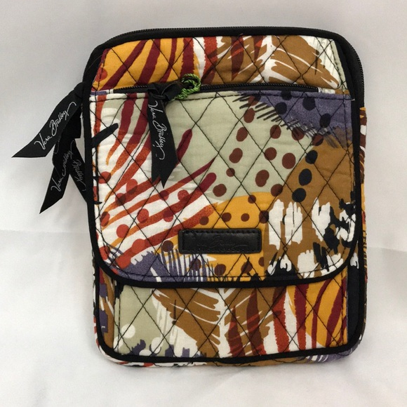 6f6395ed072f Vera Bradley Painted Feathers Mini Hipster NWT